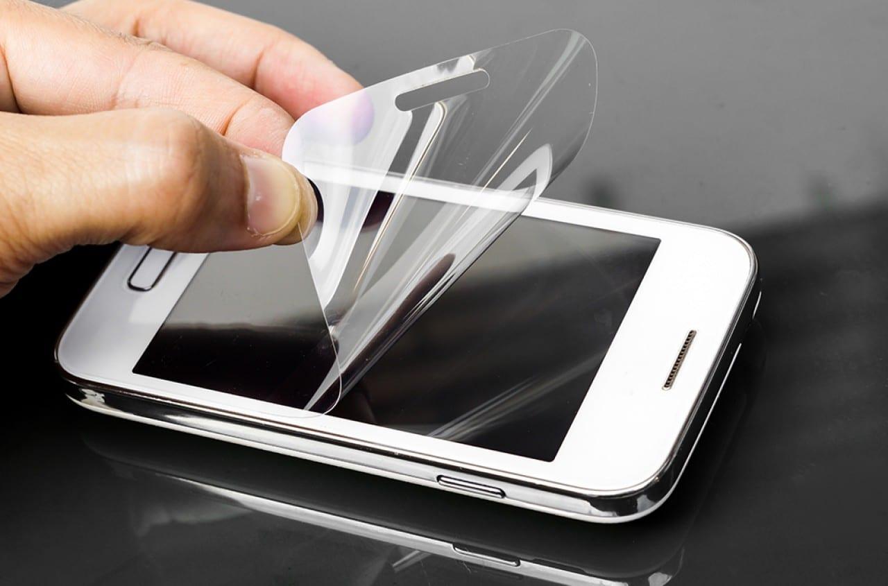 Screenguard Pada Layar Smartphone