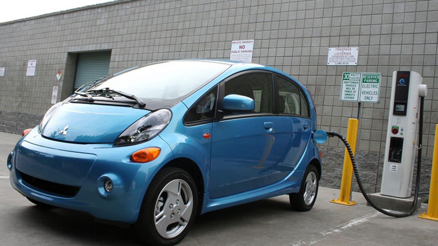 Mobil Dengan Bahan Bakar Listrik Di Luar Negeri